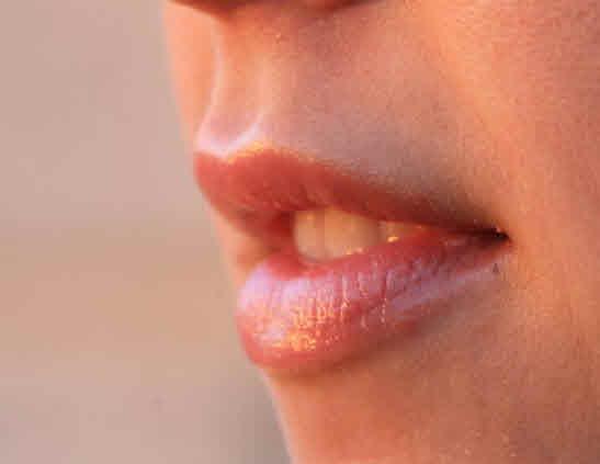 ¿Quiere mejorar sus labios? Confíe en su dentista