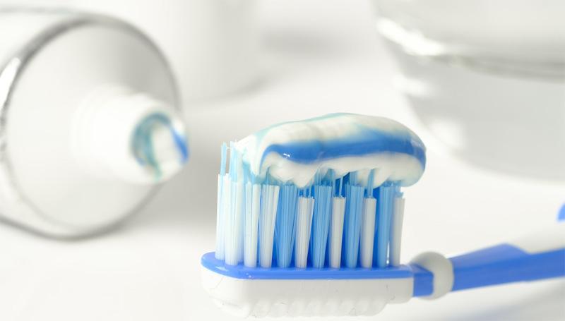 efectos blanqueantes en dentífricos, geles y enjuagues bucales