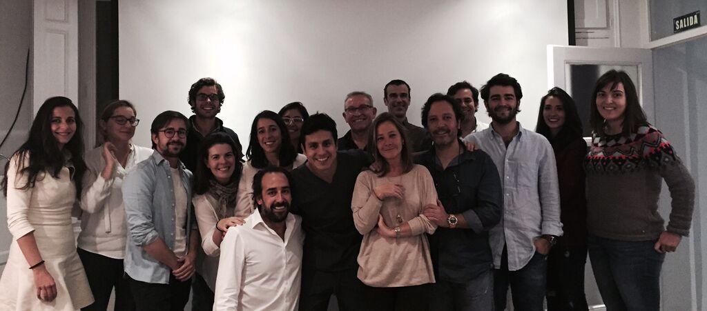 dental navarro asiste a curso de carillas dentales en Madrid