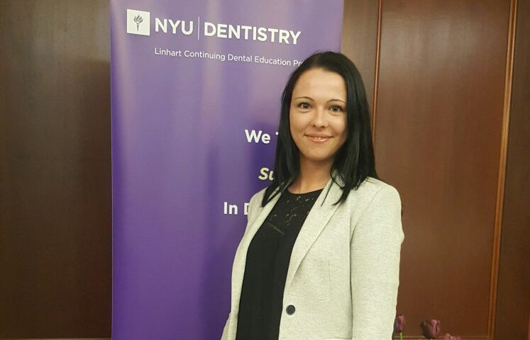 Andreea Cosic cursos universidad Nueva York implantes dentales