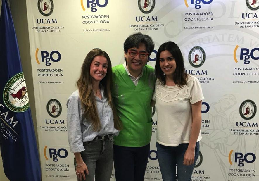Doctora Marianela Ponce y Dr Kina en curso de carillas cerámicas