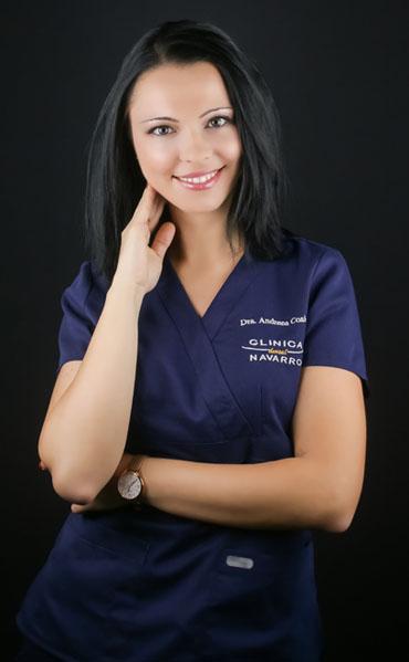 Foto de la dentista Andreea Cosic de Clínica Dental Navarro