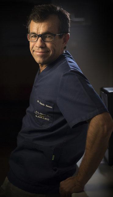 foto del dentista Gonzalo Navarro