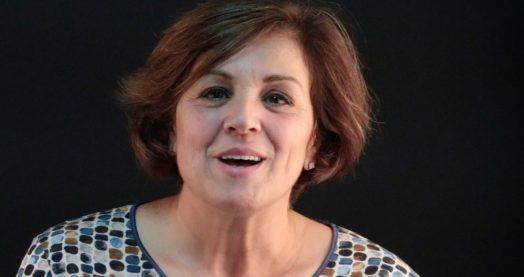 opinion de Maria Teresa con carillas dentales en Clínica Dental Navarro Madrid