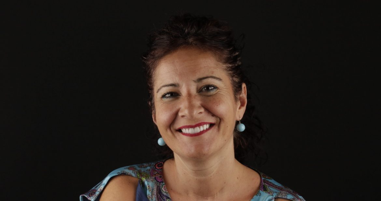opinión de la paciente Marta sobre tratamiento DSD con ortodoncia y carillas dentales
