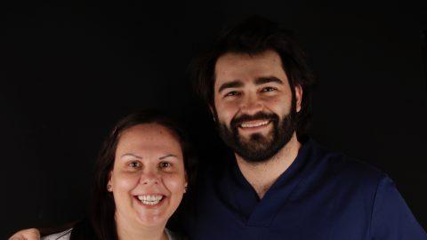 cambio coronas dentales antiguas con DSD para mejorar sonrisa
