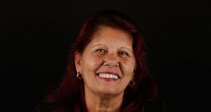 paciente que encuentra la clínica dental de Madrid por Internet al buscar especialista en implantes dentales