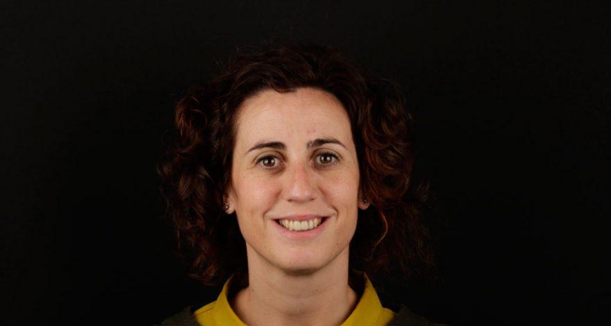 opinión sobre implantes dentales y encías retraidas, Amaia, paciente de Clínica Dental Navarro Madrid