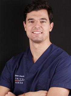 Dr-Alvaro-Alarcon-especialistaen-odontologia-general-periodoncia-small